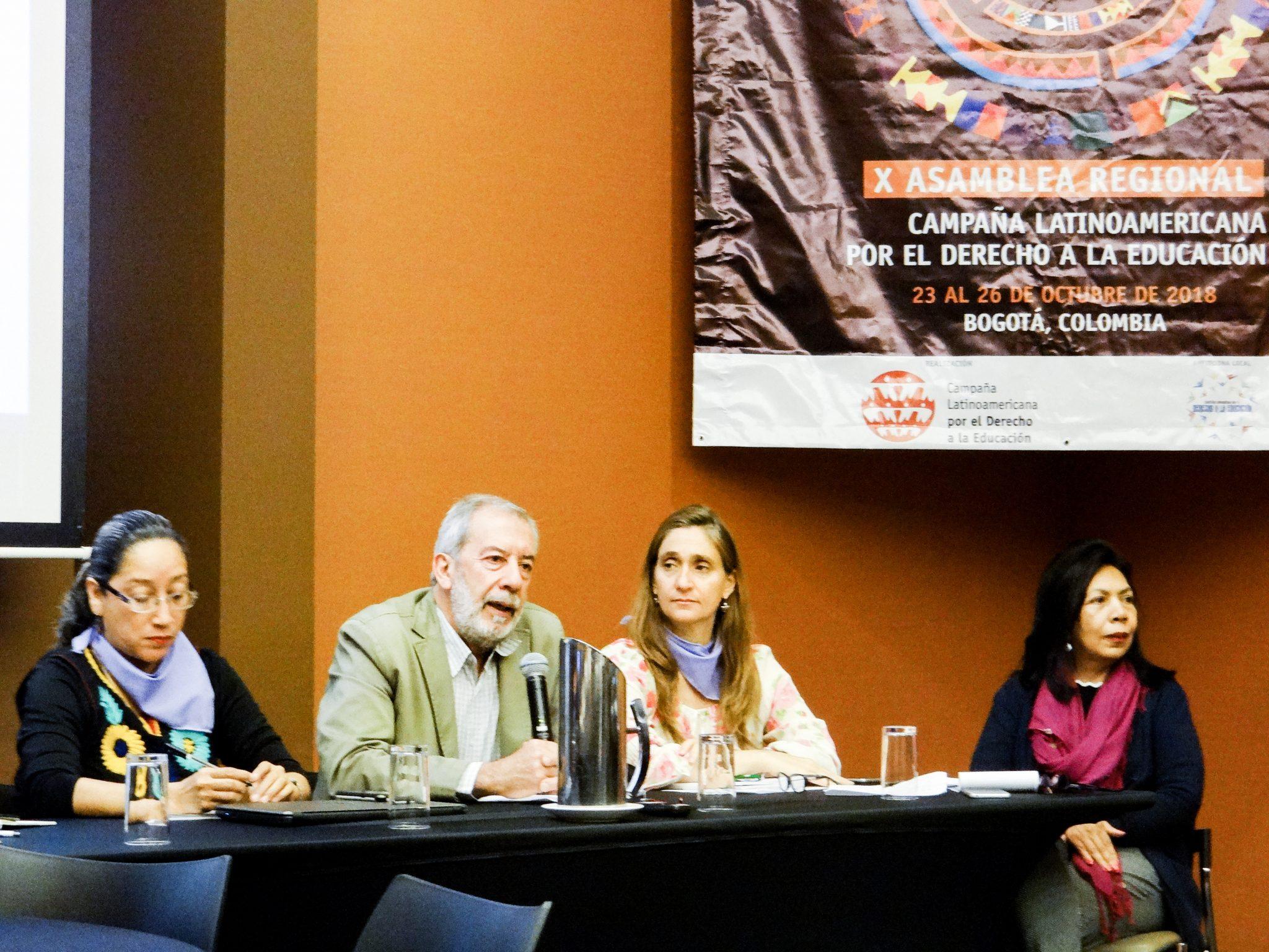 América Latina y el Caribe: el debilitamiento de las democracias y sus impactos en el derecho humano a la educación